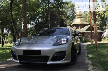 Хэтчбек Porsche Panamera 2012 в Киеве