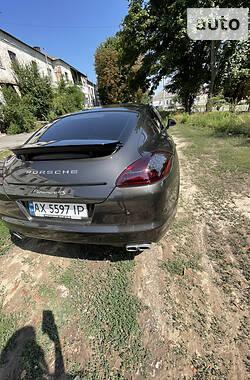 Седан Porsche Panamera 2010 в Харькове