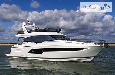 Prestige Yachts Flybridge Line 2017 в Киеве