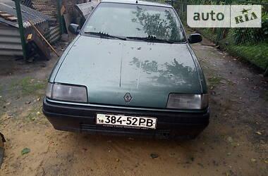 Renault 19 Chamade 1989 в Вараше