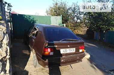 Renault 19 1988 в Богуславе
