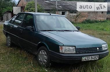 Renault 21 Nevada 1988 в Нововолынске