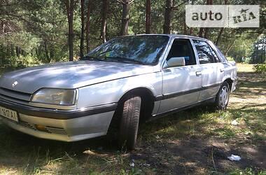 Хэтчбек Renault 25 1990 в Славутиче