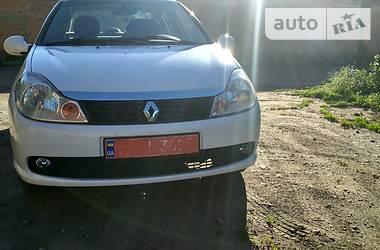 Renault Clio Symbol 2012