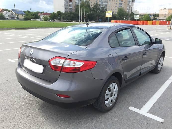 Renault Fluence 2011 года