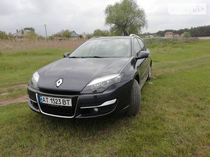 Унiверсал Renault Laguna 2011 в Олешках
