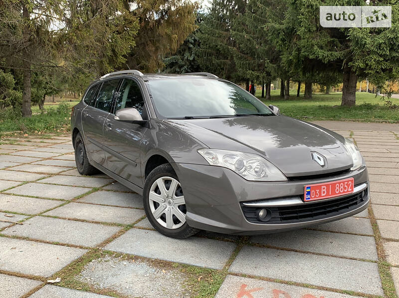 Renault Laguna Nefarbovana