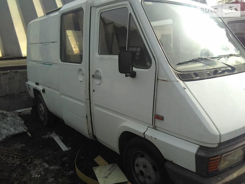 Renault Master груз.-пасс. 1995 в Вишневом