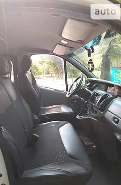 Легковой фургон (до 1,5 т) Renault Trafic груз.-пасс. 2004 в Борисполе