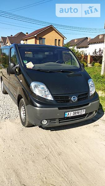 Renault Trafic 2011 года
