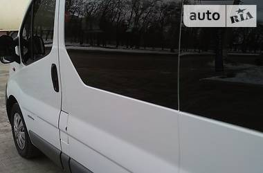 Renault Trafic пасс. long 2005