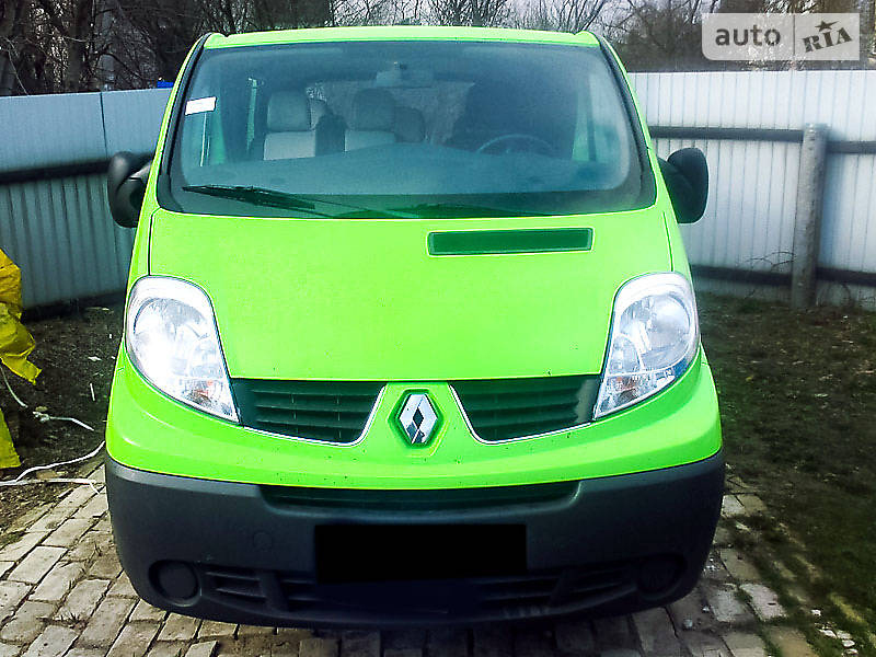 Renault Trafic 2012 года