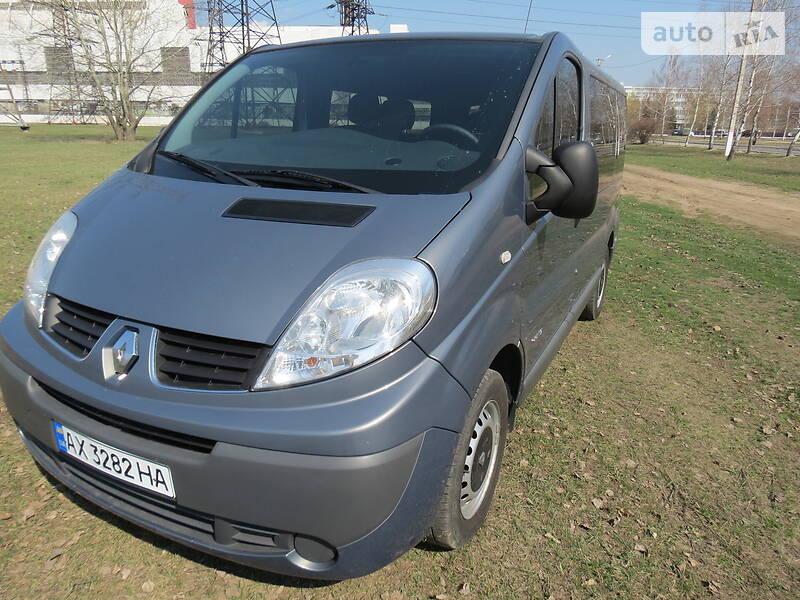 Renault Trafic пасс. 2012 в Харькове