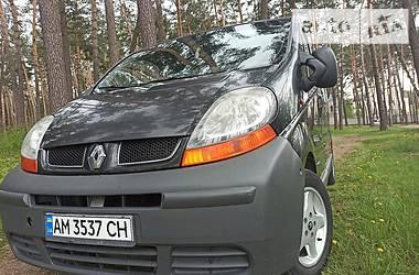 Минивэн Renault Trafic пасс. 2005 в Житомире