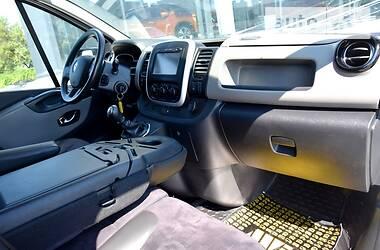 Легковой фургон (до 1,5 т) Renault Trafic пасс. 2016 в Киеве
