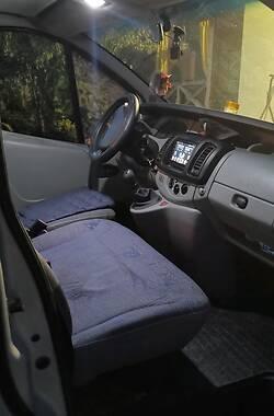 Легковой фургон (до 1,5 т) Renault Trafic пасс. 2003 в Каменец-Подольском