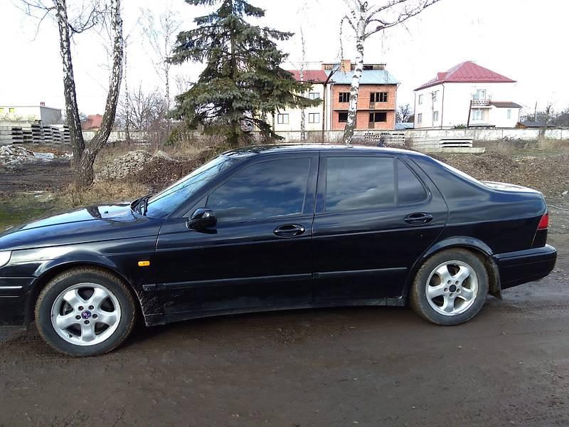 Saab 9-5 2000 года
