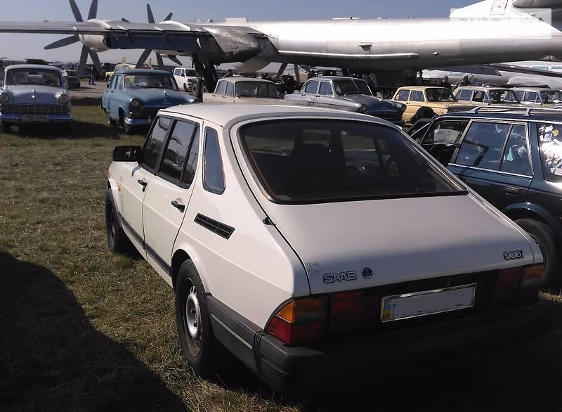 Saab 900 1989 года