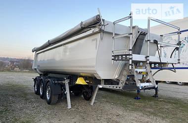 Schmitz Cargobull Gotha 2015 в Чернівцях