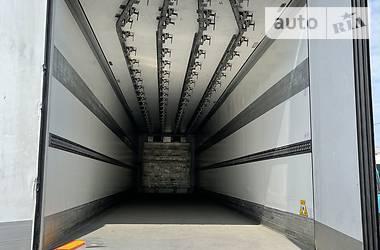 Рефрижератор полуприцеп Schmitz Cargobull SKO 24 2012 в Ровно