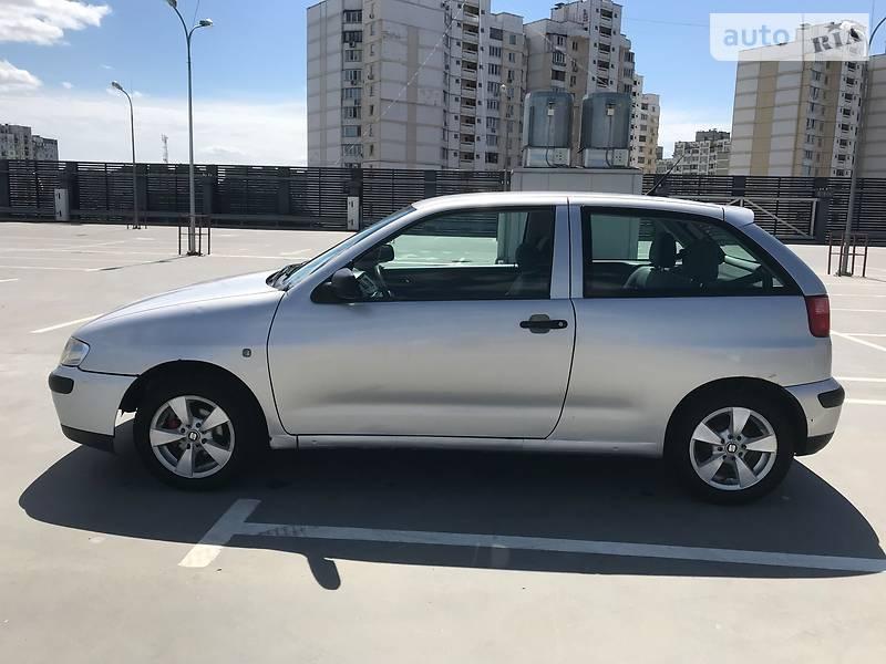 SEAT Ibiza 2002 року