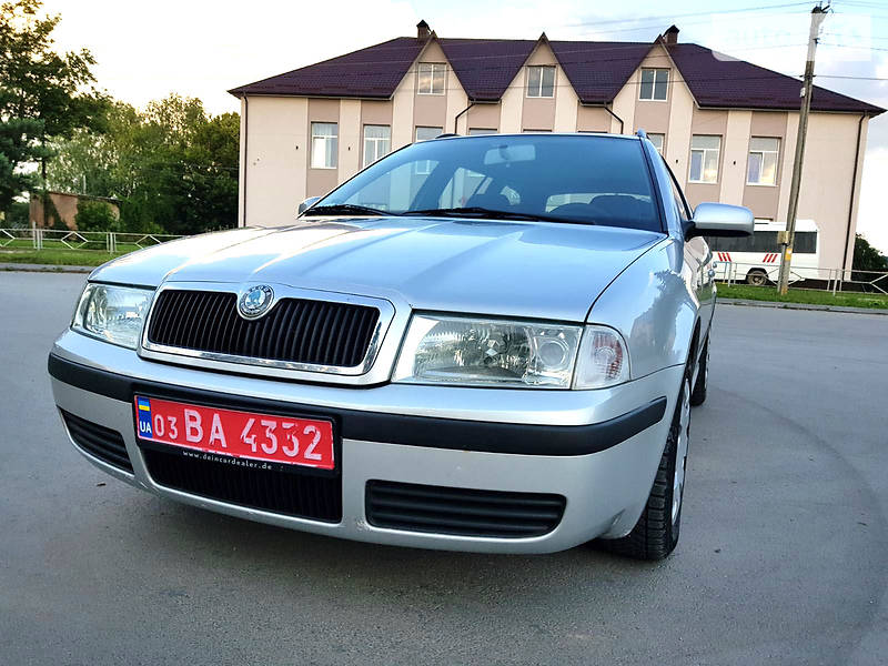Унiверсал Skoda Octavia Tour 2004 в Дунаївцях