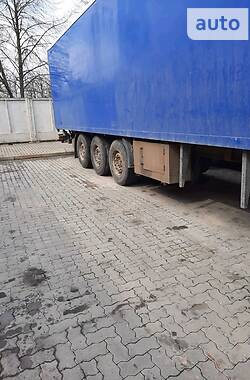 Фургон напівпричіп Spier SGL 2005 в Сарнах