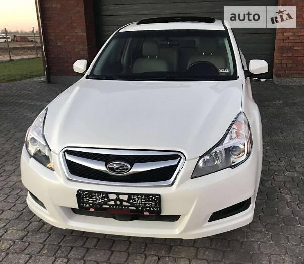 Subaru Legacy 2011 року в Львові
