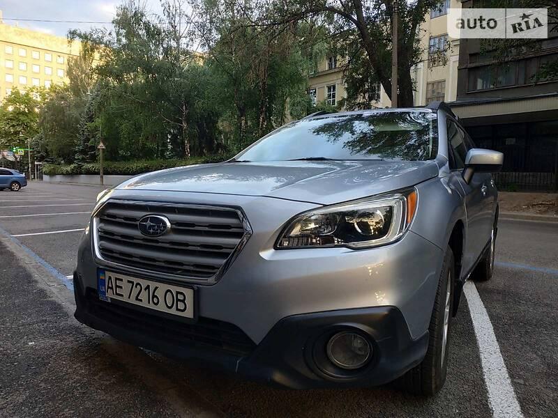 Внедорожник / Кроссовер Subaru Outback 2015 в Днепре