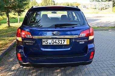 Универсал Subaru Outback 2011 в Городке