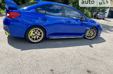 Седан Subaru WRX STI 2015 в Дніпрі