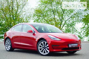 Tesla Model 3 Long Range 2019 в Львове