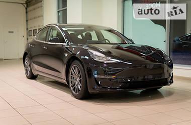 Tesla Model 3 2018 в Днепре