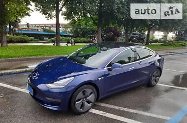 Хэтчбек Tesla Model 3 2018 в Днепре