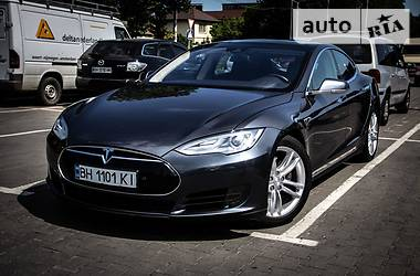 Tesla Model S 70D 2016 в Одессе