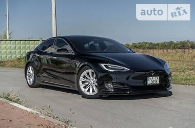 Tesla Model S 75D 2017 в Запорожье