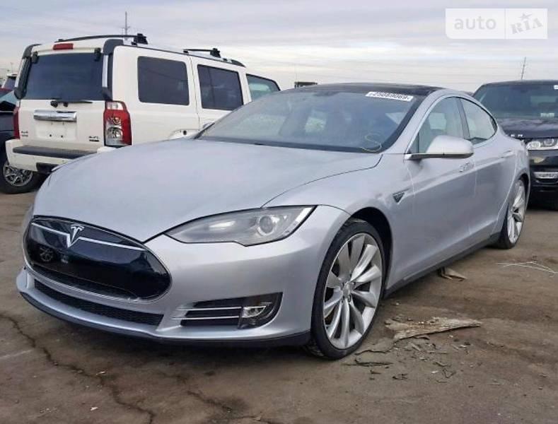 Хэтчбек Tesla Model S 85 2013 в Ровно