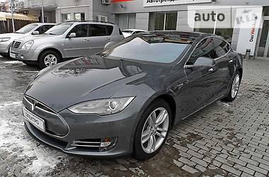 Tesla Model S P 85 Plus 2013