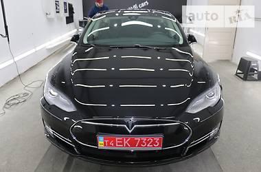 Tesla Model S 85 D 2015