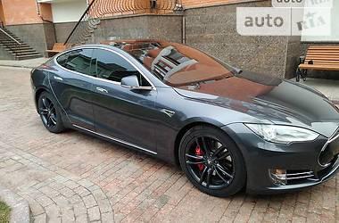 Tesla Model S 2016 в Херсоне