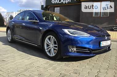 Tesla Model S 2015 в Луцке