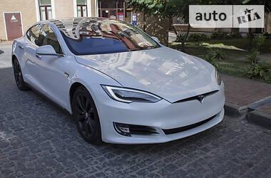 Tesla Model S 85D Autopilot