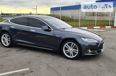 Tesla Model S 2014 в Виннице