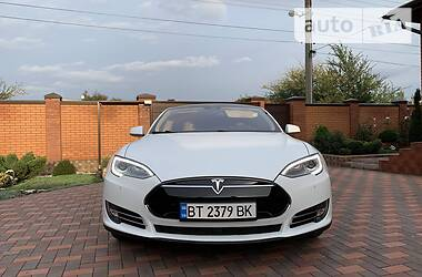 Tesla Model S 2016 в Кривом Роге