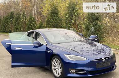 Tesla Model S 2017 в Ровно