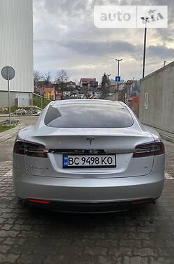 Лифтбек Tesla Model S 2013 в Львове
