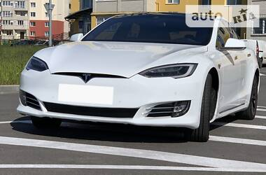 Хетчбек Tesla Model S 2016 в Вінниці