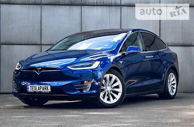 Внедорожник / Кроссовер Tesla Model X 2016 в Киеве