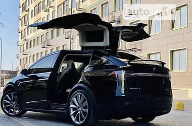 Хэтчбек Tesla Model X 2016 в Запорожье