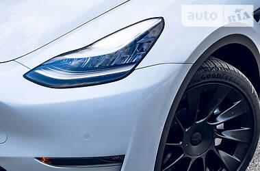Внедорожник / Кроссовер Tesla Model Y 2020 в Киеве